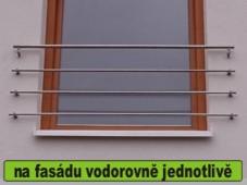 zábradlí na francouzské okno vodorovně jednotlivě                 na fasádu