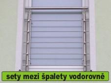 zábradlí na francouzské okno s vodorovnou výplní