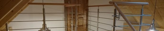 Nerezové zábradlí dřevěné madlo