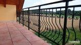 Kované zábradlí na balkon lakované